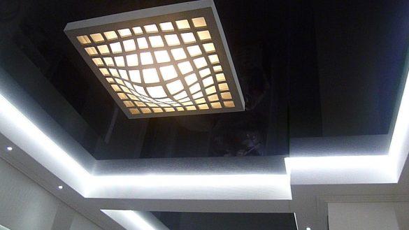 парящий натяжной потолок изображение